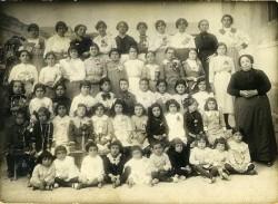 AFM-025_005 Doña Filomena 1928