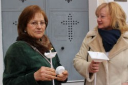 mujeres-con-candelas 1
